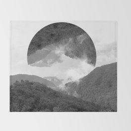 moutains Throw Blanket