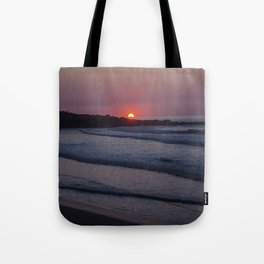 Good night waves Tote Bag