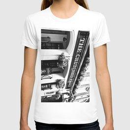 The Crutched Friar pub London T-shirt