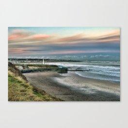Seaburn lighthouse and coastline Canvas Print