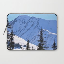 Back-Country Skiing  - V Laptop Sleeve