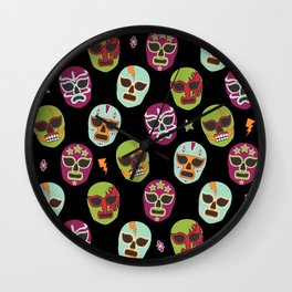 Máscaras (black background) Wall Clock