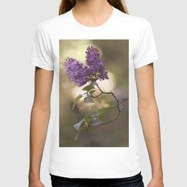 Violet lilac flowers T-shirt
