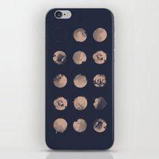 Douze Lunes iPhone Skin