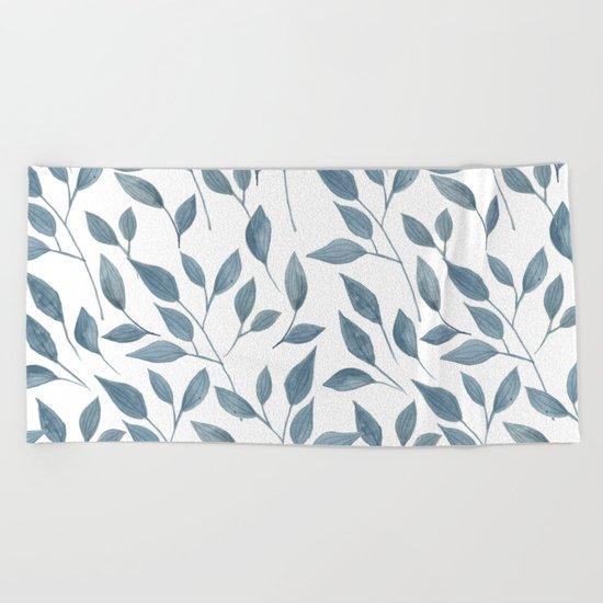 Watercolor leaves pattern Beach Towel