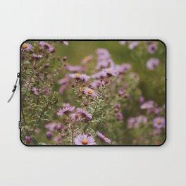 Smooth Blue Aster (Symphyotrichum Asteraceae) - Purple Flower Laptop Sleeve