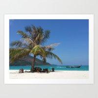 Speeding behind a palm tree Art Print