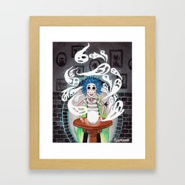 Noche Fantasmal Framed Art Print