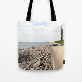 Traps and Grass Tote Bag