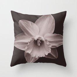 Daffodil 1 Throw Pillow