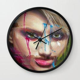 Evidencias de una imagen III Wall Clock