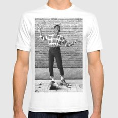 Did I Do That? (Steve Urkel dropping a Han dynasty urn) MEDIUM White Mens Fitted Tee
