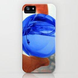 Tiro – Um Homem Que Consegue Mudar 2 iPhone Case