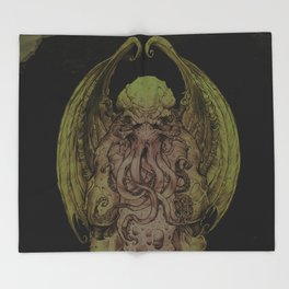Cthulhu : Cosmic God Of Horror Throw Blanket