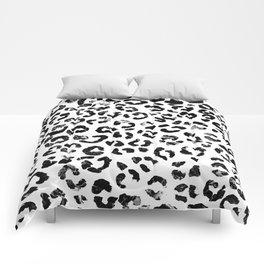 Modern black white marble stylish leopard pattern Comforters