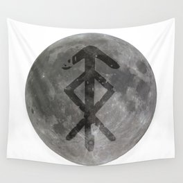 Viking bind rune 'Protection' on moon. Wall Tapestry