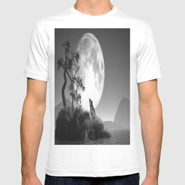 The baying of wolves T-shirt