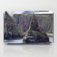 twin peaks iPad Cases featuring Twin Peaks by Roger Wedegis