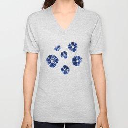 Shibori Kumo blue & white Unisex V-Neck