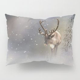 Santa Claus Reindeer in the snow Pillow Sham