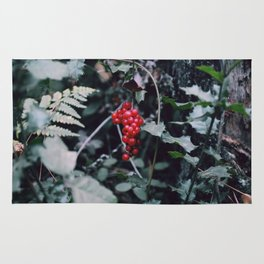 Wild berries in the forest Rug