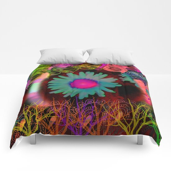 Tripping Daisies Comforters