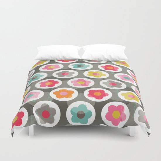 LAZY DAISY PATTERN Duvet Cover