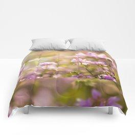 Wild pink Clover or Trifolium flowers Comforters