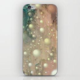 Pearl Glitch Art iPhone Skin