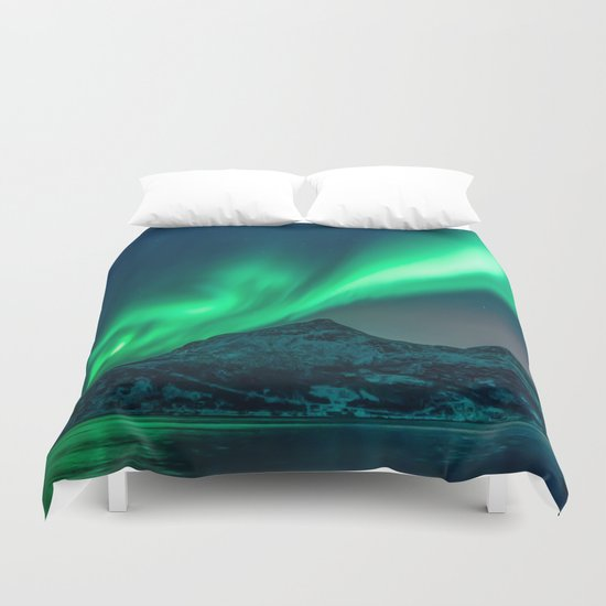Aurora Borealis (Northern Lights) by staywild