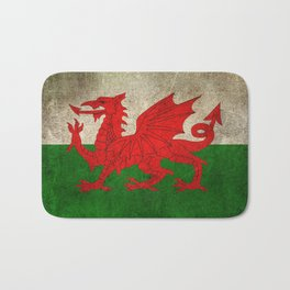Old and Worn Distressed Vintage Flag of Wales Bath Mat