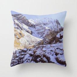 sunny mountains Throw Pillow