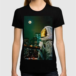 Between The Moon And The City T-shirt