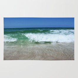 An Ocean Wave Break Rug