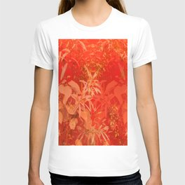 Beautiful red foliages - illustration of garden T-shirt