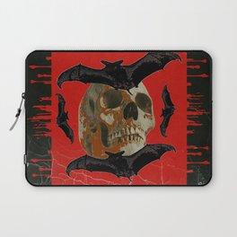 GRUNGY HALLOWEEN BAT INFESTED HAUNTED SKULL Laptop Sleeve