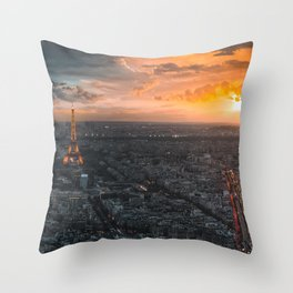 Sunset in the city of love Throw Pillow