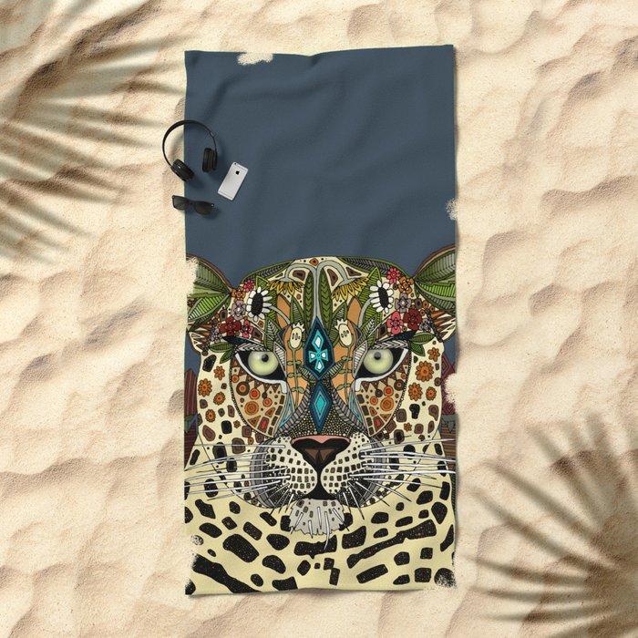 leopard queen blue Beach Towel