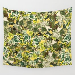 Poison Ivy Floral Leaf Pattern Wall Tapestry