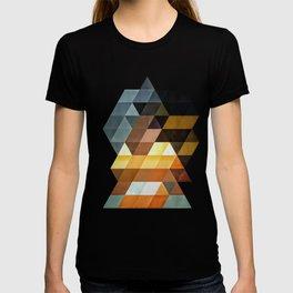 #0013 // gyld^pyrymyd T-shirt