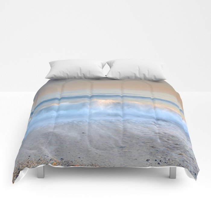 """Looking at the waves II"" Sea dreams Comforters"
