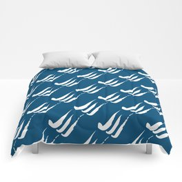 You, me and the turbulent sea Comforters