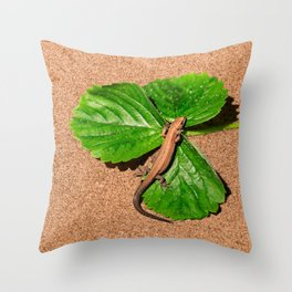 I am busy, I am tanning Throw Pillow