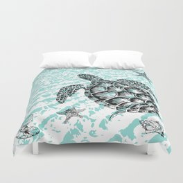 Sea turtle print in black and white Duvet Cover