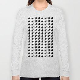 Yin and Yang 8 - Tao,Zen,Taoism,Dao,Harmony,religion,buddhism,buddhist,taijitu,taiji,taoist,china Long Sleeve T-shirt