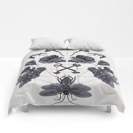 The Panoply Plate 04 Comforters