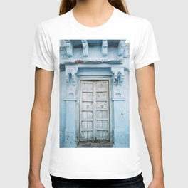 Blue Door in the Blue City Jodhpur in Rajasthan, India   Travel Photography   T-shirt