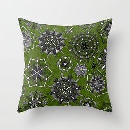 mandala snowflakes green Throw Pillow
