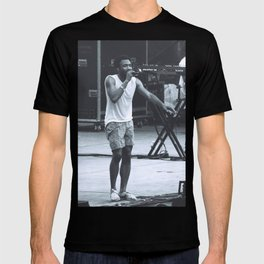 gambino can sing (Childish Gambino) T-shirt