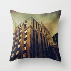 Montreal ambiance Throw Pillow